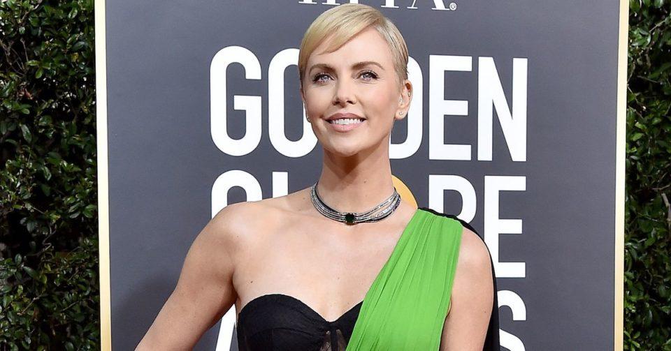Lingerie Aux Golden Globes 2020, le soutien-gorge se porte à l'air libre