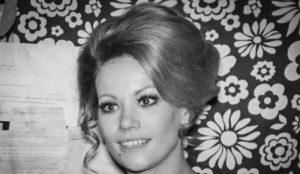 Maillot de bain Mort de Claudine Auger, la première James Bond lady française