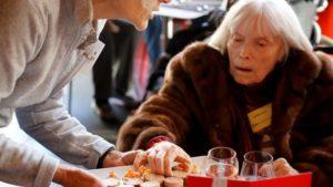 Jouets Noël solidaire: quand les associations font rimer réveillon avec mobilisation