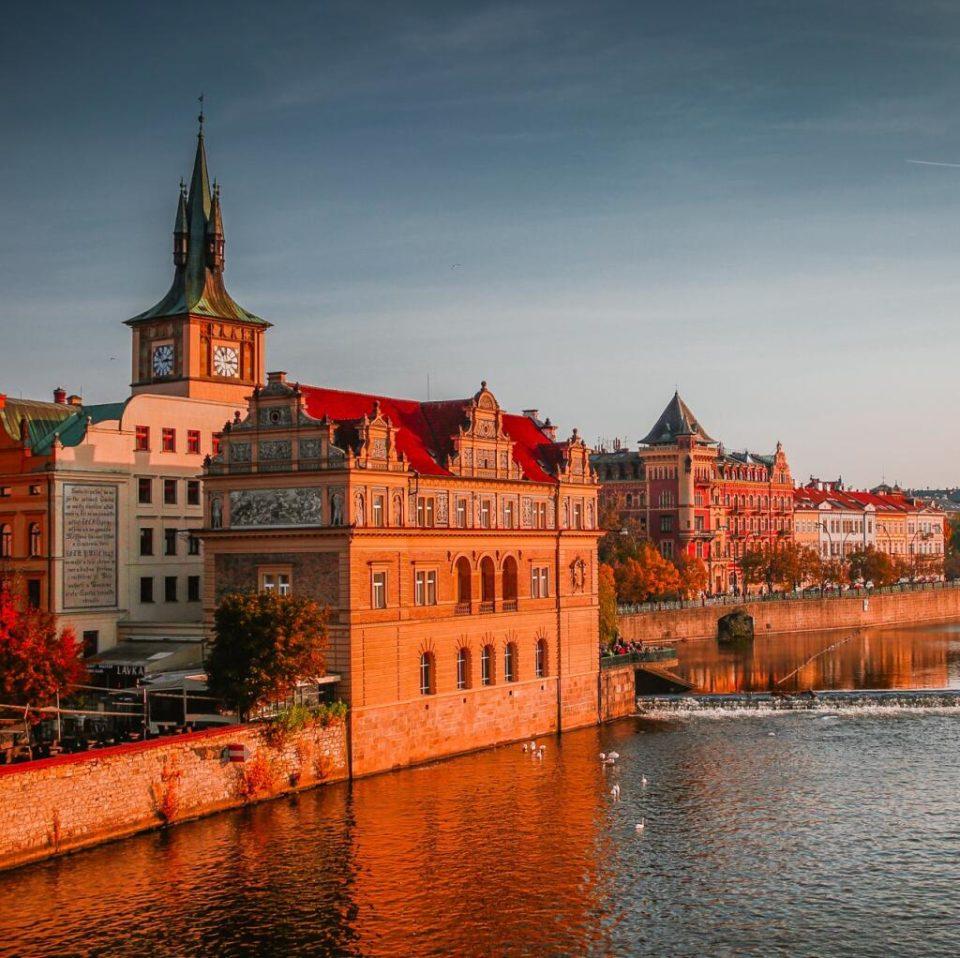 Bagage [CDAV] Sélection de vols aller easy avec Volotea pour 6.99€ – Ex : Billet A/R Toulouse – Prague, mars 2020