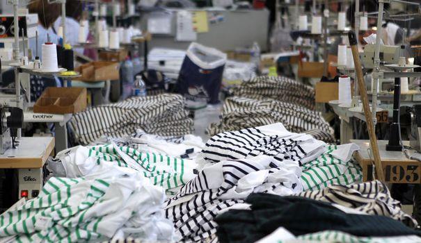 Fringue De A à E, l'influence environnemental de chaque vêtement bientôt noté sur les étiquettes