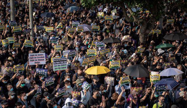 Bureau Manifestations à Hong Kong : Pékin limoge un haut responsable