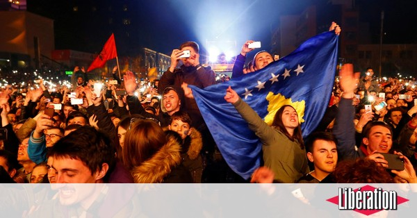 Bebe Au Kosovo, une jeunesse privée d'Europe