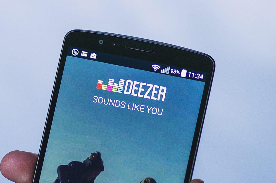 Musique Deezer devient une utility de karaoké avec le Chromecast