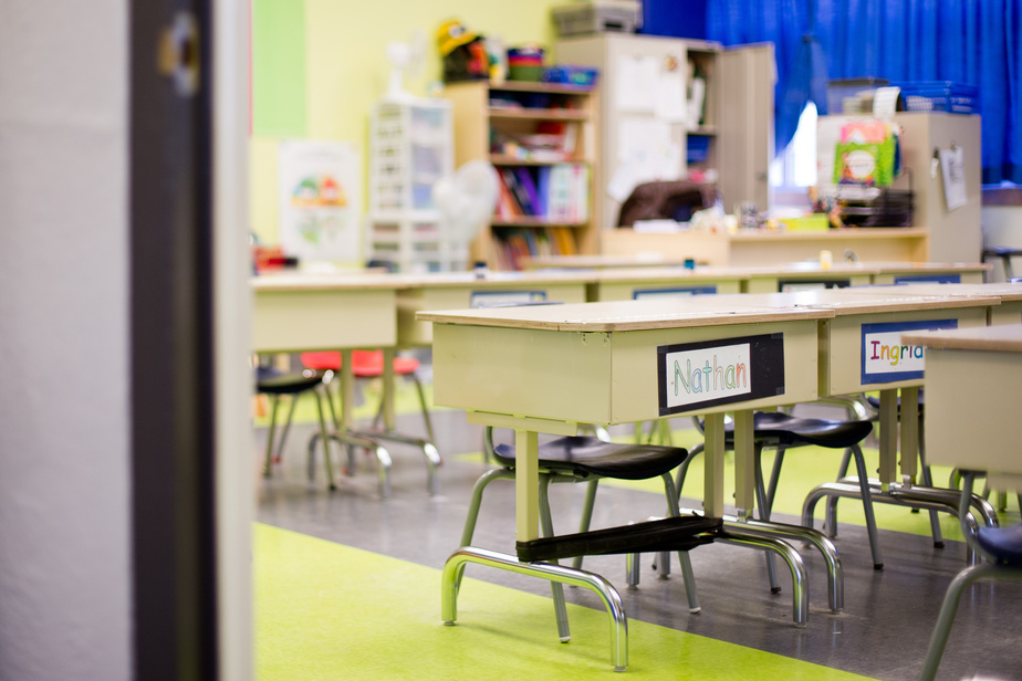 Epicerie Les écoles et les garderies fermées pour deux semaines