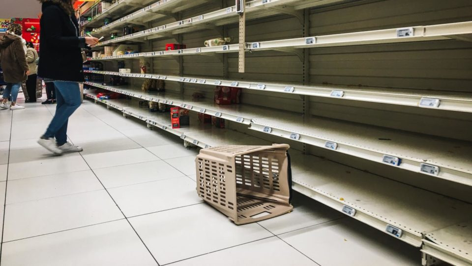 Epicerie Confinement : une épicerie pillée à Trappes, des incivilités à Toulon, Mulhouse et Nice