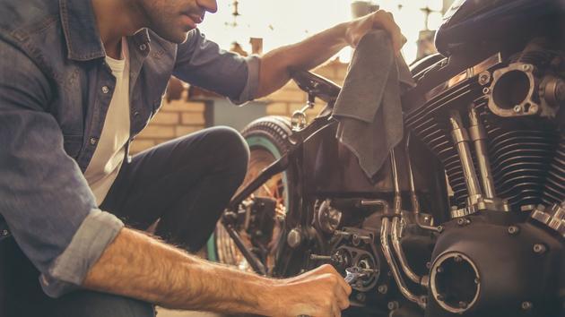 Bricolage Restaurer son véhicule chez soi