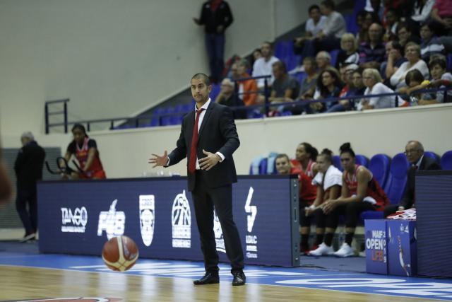 Basket Basket – LFB – LFB : la Roche Vendée prolonge son coach Emmanuel Body deux ans