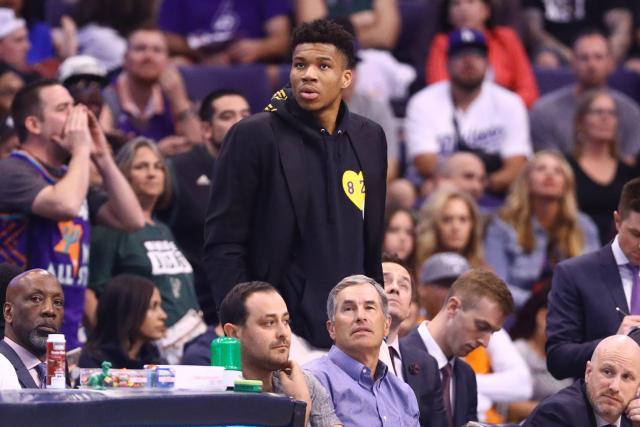 Basket Basket – NBA – NBA : Giannis Antetokounmpo (Milwaukee Bucks) touché à un genou