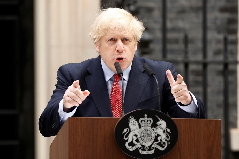 Bricolage Boris Johnson appelle les Britanniques à la persistence face au confinement