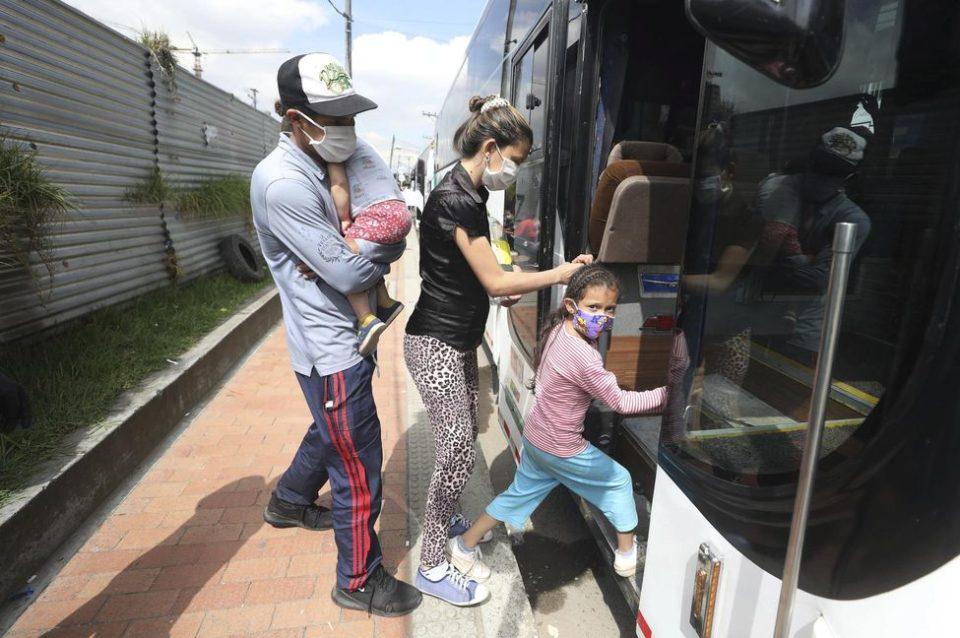 Enfant Edité///Covid-19 : les Vénézuéliens veulent rentrer chez eux