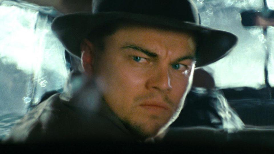 Bebe Shutter Island avec DiCaprio sur Chérie 25 : avez-vous repéré les indices sur le twist final ?