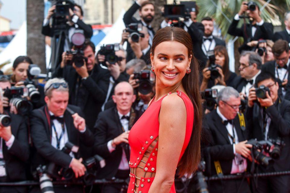 Chaussures La prime-mannequin russe Irina Shayk, de son vrai nom «Chef de l'Islam »