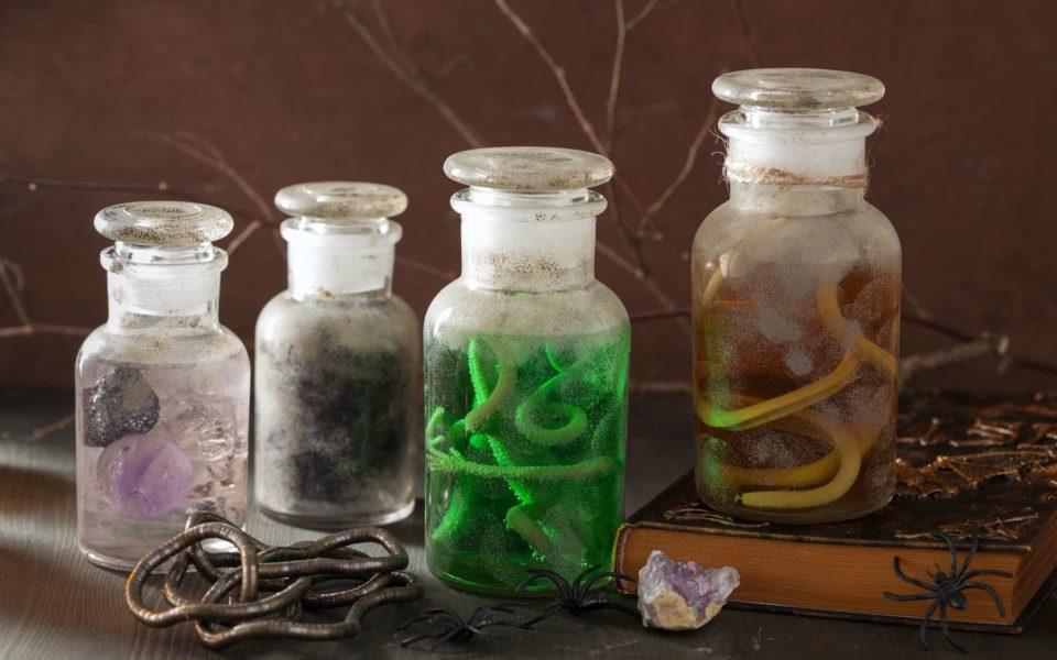 Livres Une potion médiévale de 1.000 ans comme traitement antibiotique ?