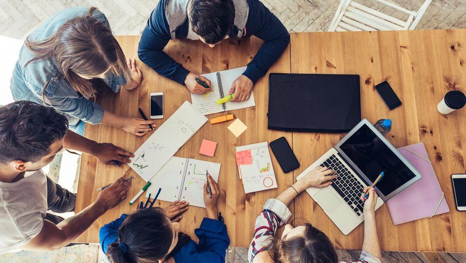 Casque audio Dossier : PC, smartphones, accessoires… Les meilleures réductions étudiantes des marques pour la rentrée