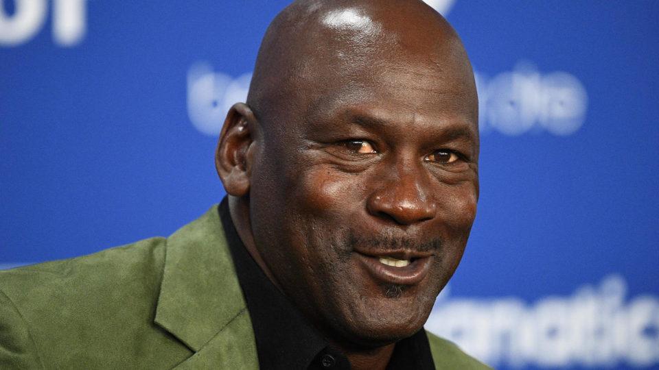 Chaussures de sport Championnat Nascar : la légende du basket Michael Jordan lance une écurie pour plus de diversité