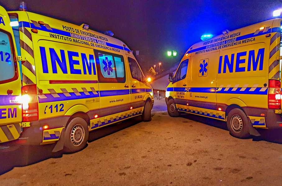 Maillot de bain Doente espera mais de uma hora e morre à porta enact clinical institution dentro de ambulância