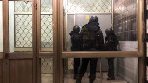 Maillot de bain Ruská polícia zatkla Navaľného brata, vraj porušil epidemiologické predpisy