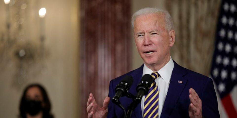 Maillot de bain Biden vows to rebuild 'muscle' of democratic alliances