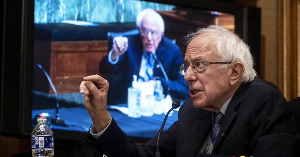 Maillot de bain Sanders says it be 'absurd' to lower earnings threshold for stimulus checks