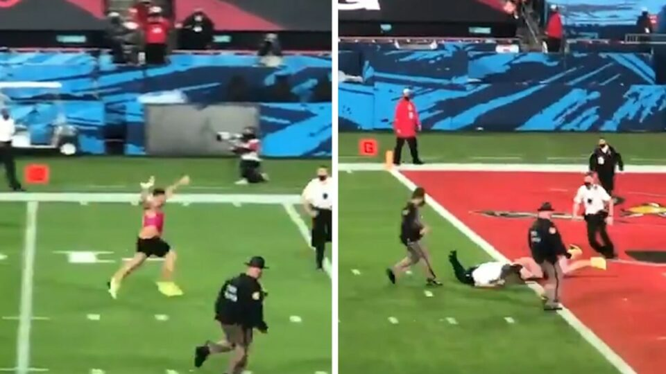Maillot de bain Fool Fine Bowl Streaker Fails to Glean In Endzone, Why Did You Bound?!