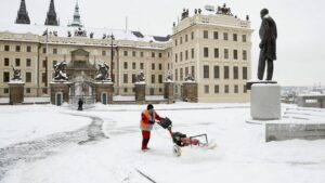 Maillot de bain Kvôli pandémii klesol počet turistov v Česku takmer o 11 miliónov
