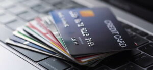 Maillot de bain Änderungen im Jahr 2021 – Zwei-Faktor-Verifizierung bei Online-Käufen mit Kreditkarte