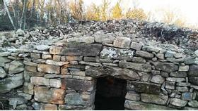 Maillot de bain S projektom Kaštelir po poteh ostankov prazgodovinskih gradišč