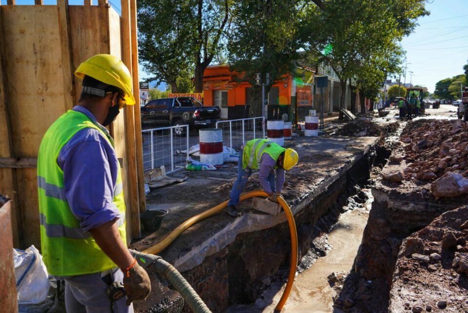 Maillot de bain Progresa a buen ritmo la obra de desagües de avenida España