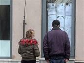 Maillot de bain V uzavřených okresech se situace zlepšuje, řekl Blatný. V okolních regionech se ale horší