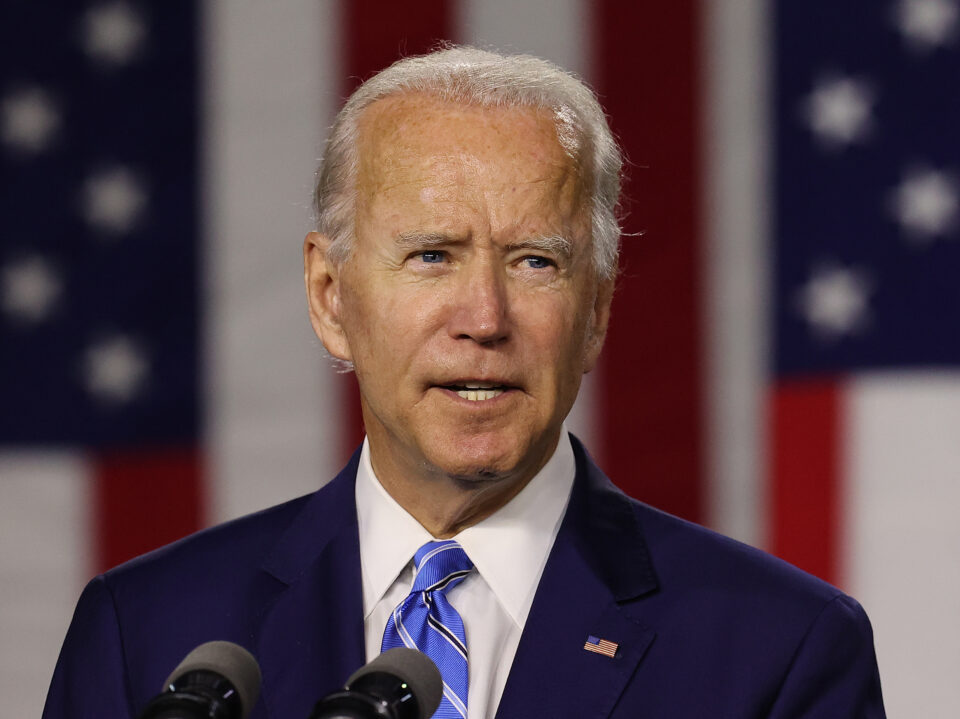 Maillot de bain Biden Says Administration 'Dedicated' to $1400 Stimulus Assessments, Pressures Congress to Skedaddle Regulations