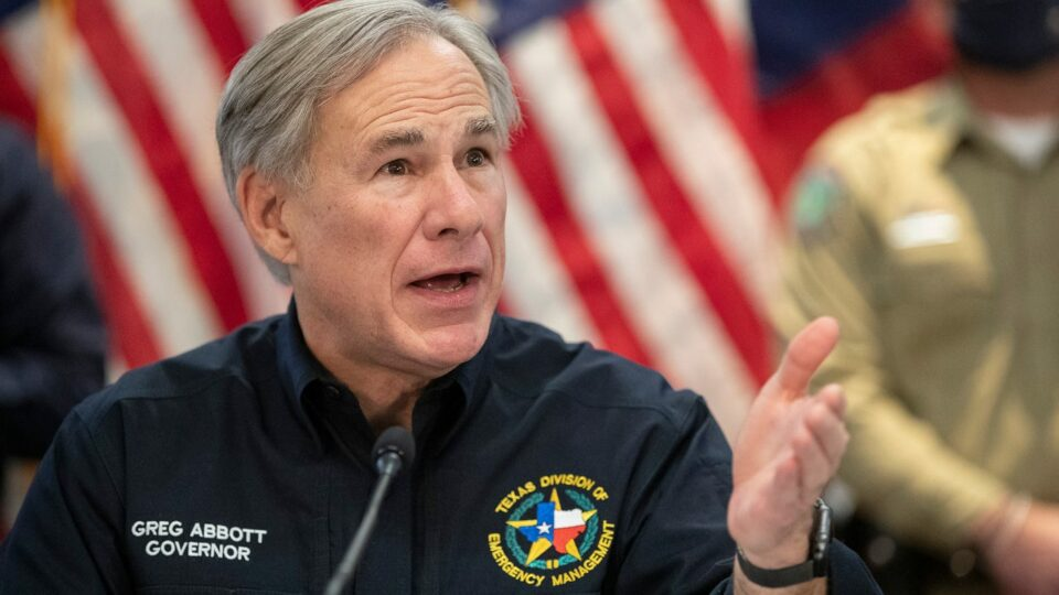 Maillot de bain 'A extremely necessary first step': Texas Gov. Abbott thanks Biden for 'partial approval' of peril inquire of