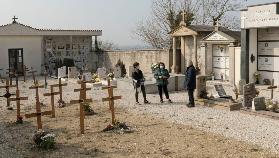 Maillot de bain Corona in Italien: Als das Virus Vò heimsuchte