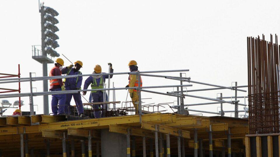 Maillot de bain 6,500 Migrant Staff Grasp Been Sacrificed for Qatar's World Cup Dream: Document