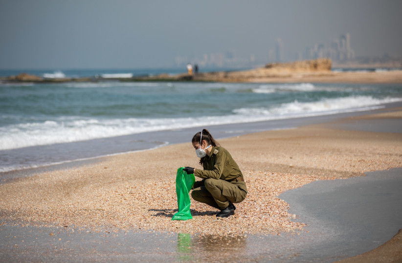 Maillot de bain Mossad, IDF blindsided by Gamliel's Iran 'eco-terror' accusation