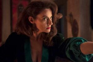 """Maillot de bain Michelle Gomez Joins """"Doom Patrol"""" S3"""