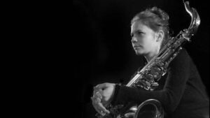 Maillot de bain Académie du Jazz : la saxophoniste Sophie Alour reine du palmarès 2020 avec le prestigieux prix Django Reinhardt