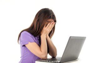 Maillot de bain Svetom sa šíri syndróm «vyčerpania zo Zoomu», ukazuje štúdia