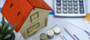 Maillot de bain UK debtors impacted by pandemic face rising mortgage payments, L&G warns