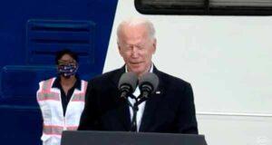 Maillot de bain Joe Biden explains what took space 'when President Harris and I' took a digital tour of a vaccination center