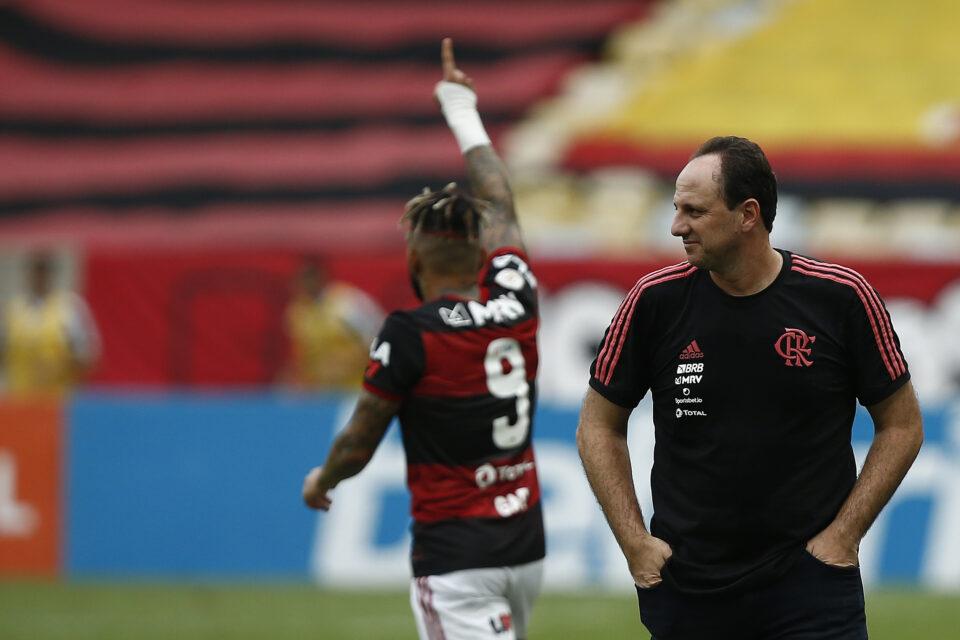 Maillot de bain Clubes brasileiros só poderão ter dois treinadores por temporada. Nova regra entra em vigor já na próxima época