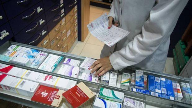 Maillot de bain Investigan a Aspen por precios de fármacos contra el cáncer
