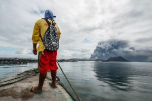 Maillot de bain Phivolcs: 302 quakes detected in Taal Volcano in closing 24 hours
