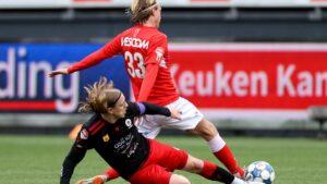 Maillot de bain Helmond Sport verslaat Excelsior dankzij goede tweede helft