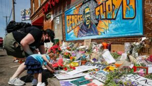 Maillot de bain Derek Chauvin trial: Witness noticed George Floyd 'slowly depart away'