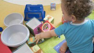 Ecole Covid-19 : les assistantes maternelles ne pourront plus accueillir d'enfants pendant trois semaines
