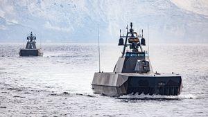 Maillot de bain Blant verdens raskeste marinefartøyer: Etter tapet av «Helge Ingstad» må Skjold-korvettene få nye våpen