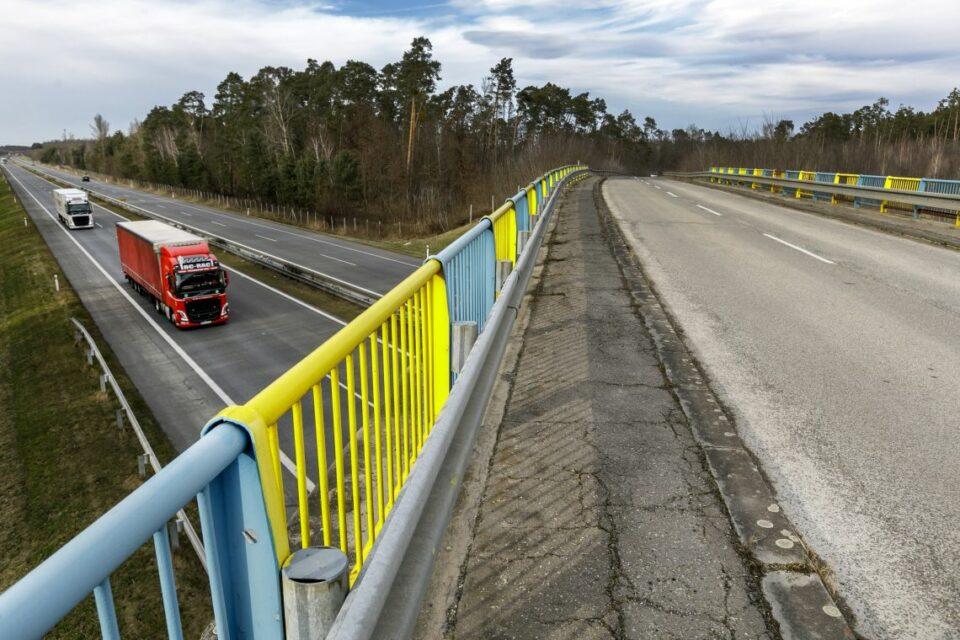 Maillot de bain Na jeseň čiastočne uzavrú diaľnicu D2. Plánujú opravy mostov