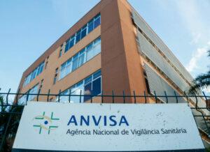 Maillot de bain Anvisa aprova testes clínicos no Brasil de nova vacina contra covid-19