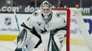 Maillot de bain Avalanche make goaltender Devan Dubnyk from Sharks